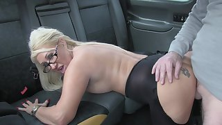 Hot taxi copulation for lucky driver and blonde slut Mia Makepeace