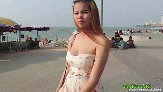 Pregnant Thai girl Am hooks up with one kinky newcomer disabuse of