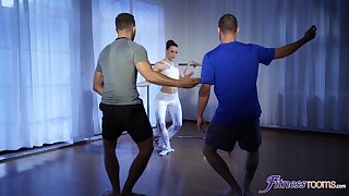 Ballerina gets intimate about team a few blokes who's dicks are massive