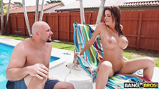 Amoral fucking between a pool cleaner added to busty MILF Alexis Fawx