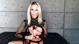 Wicked girl shows off on get under one's go get under one's trinket dick like a goddess
