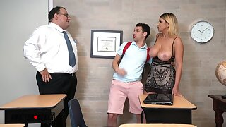 Brooklyn, Slut Cacodaemon Creampied - Blonde mom has classroom sex with student