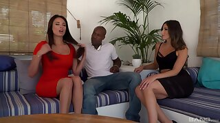Interracial FFM threesome with sexy stars Anissa Kate and Alexa Tomas