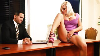 BDSM fuck for Michelle Thorne, who became electrified to the office