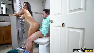Nude prexy Latina woman rides dick and swallow